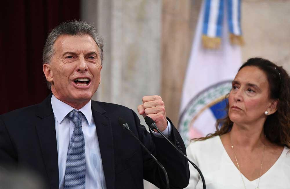 """Desespera Cambiemos: El """"Círculo Rojo"""" le suelta la mano a Macri"""
